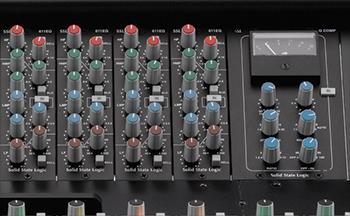 XL-Desk-500-slots
